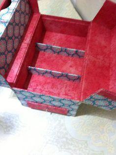Base      (1x) 29,6x18cm papelão holler   2 mm         Laterais Menores      (1x) 18 x 14 cm papelão   holle...