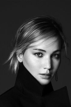 Jennifer Lawrence for Be Dior Photographed by David Sims l B&W Portraits Black And White Portraits, Black And White Photography, Jennifer Lawrence Pics, Portrait Studio, David Sims, Celebrity Portraits, Celebrity Headshots, Celebrity Photography, Female Portrait