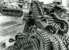 Sturmgeschütz IV (Sd.Kfz. 167) with some tracks | WW2 tanks | Flickr