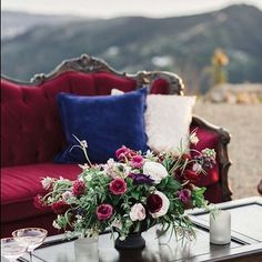 Our Scarlet Carved Sofa is a perfect piece for adding rich, jewel tones to any event! This styled shoot coordinated by @theelegantninja was set @malibusolsticevineyards photos by @jessicamangia_photography and featured on @californiaweddingday flowers by