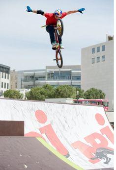 ALEX BARBERO bmx freestyle!