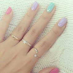 Pastel nails and cute blingy rings