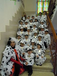 Halloween Carnival, Group Halloween Costumes, Dalmatian Costume, Diy Crafts For Gifts, Halloween Disfraces, Costumes For Women, Diy Beauty, Preschool, Costumes