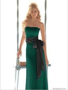 dark green... WHAAAT? :  wedding colors fall green october pumpkin Green