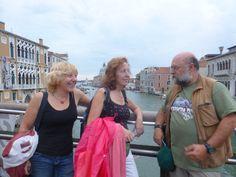 Les Princeses Mizar i Alcor amb Il Capo di Bari a Venezia. (Ponte dell'Accademia)