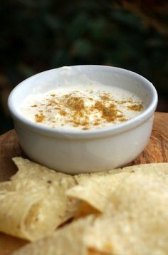 That white sauce, you know the kind, it is the third wheel that comes with your salsa at your favorite Mexican restaurant, that sweet and garlicky sauce now can be made at home.