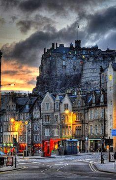 Średniowieczne, Zamek w Edynburgu, Szkocja