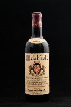 Vinuri din anii 1960-1969 - Pagina 3 din 3 - Luxury Wine Vodka Bottle, Wine, Luxury, Drinks, Drinking, Beverages, Drink, Beverage