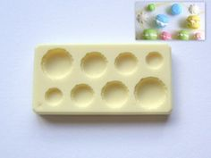Miniature mold for making mini macaroons Resin Molds, Silicone Molds, Small Things, Things To Buy, Cake Moulds, Mini Doll House, Polymer Clay Charms, Mini Foods, Mold Making
