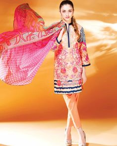 Charizma Combination Lawn was originally launched in the spring season and now in the summer end Charizma have launched volume 8 check out these new prints. Pakistani Casual Wear, Pakistani Outfits, Shalwar Kameez, Kurti, Ethnic Outfits, Summer Wear, Spring Summer, Pakistani Designers, New Print
