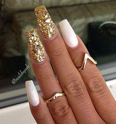#Nail  #Nails #nailsdecoration #cute #nailpolish #swrovsky #roses #nailgalon…