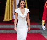 Do red carpet para o altar -  Mesmo como madrinha, o vestido de Pippa se encaixaria perfeitamento para uma noiva minimalista