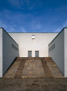 Post Modern Architecture, Space Architecture, Architecture Drawings, Amazing Architecture, Aldo Rossi, Stairs, Building, Places, Architectural Styles