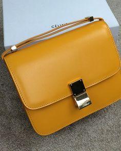 http://www.ahandbag.se/purse/handbags/celine-box-bag-yellow-saffron/