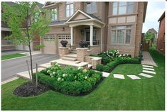 Front Yard Landscaping Ideas With Stepping Stones #landscapefrontyardwithstone
