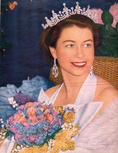 1952 Royal Command Film Performance   Fashion Police Files - Queen Elizabeth II : 1952-2012