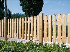 Wood fence, staccionata di legno