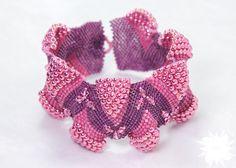 Traboccante di colori rosa Peyote Stitch di DesertStarCreations