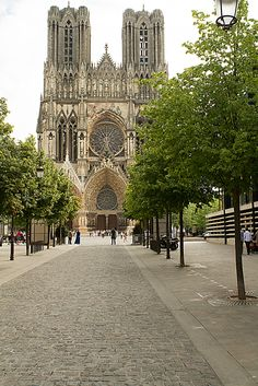 Notre-Dame de Reims is the seat of the Archdiocese of Reims, where the kings of France were crowned. #cathedrals