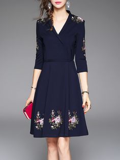 Dresses For Women - Shop Designer Dresses Online Fashion Sale Long Sleeve Midi Dress, Floral Midi Dress, Floral Dresses, Midi Dresses, Blue V, Dark Blue, Robes Midi, Mode Blog, Knee Length Dresses