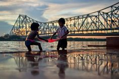 Lets Catch Fish - Howrah Bridge, Kolkata, India Photography Lessons, People Photography, Image Photography, Nature Photography, Victoria Memorial, Amazing India, Best Poems, Cultural Capital, Street Photographers
