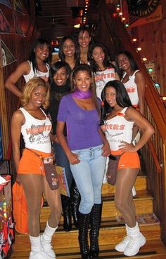 Dating hooters girls