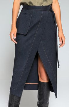 Trend Fashion, Denim Fashion, Fashion Details, Fashion Looks, Fashion Outfits, Womens Fashion, Fashion Design, Fashion Coat, Winter Skirt Outfit