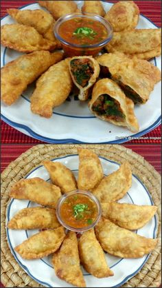Fried veg momos with mein blog tumblr tumblr pinterest fried potato spinach momos dumplings is my variation to traditional momos recipe where i have forumfinder Images
