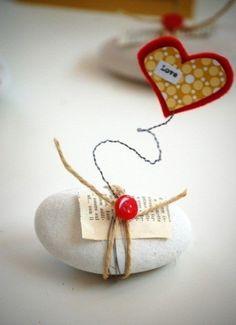 Segnaposto matrimonio fai da te con una pietra
