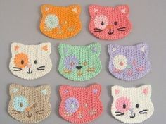 Kitty crochet - use cotton yarn, make them a little larger and they become a child's washcloth! Kitty crochet - use cotton yarn, make them a little larger and they become a child's washcloth! Gato Crochet, Crochet Mignon, Crochet Amigurumi, Crochet Yarn, Washcloth Crochet, Crochet Geek, Crochet Elephant, Crochet Birds, Crochet Teddy