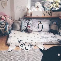 Read corner - kid's room