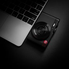 OnePixel: Unlimited Macro Photography, Street Photography, Leica M, Desk Setup, Minimalist, Minimalism