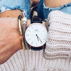 Daniel Wellington Watch Gorgeous black and rose gold Daniel Wellington watch! Style is Classic Sheffield 36mm. So timeless but also trendy with the bloggers! Daniel Wellington Accessories Watches