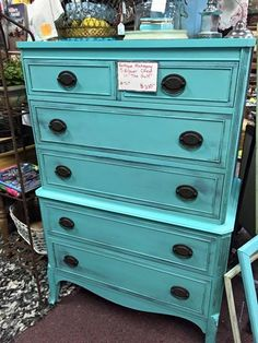 Thrifty Little Things: Annie Sloan Chalk Paint Projects + Budget DIY Furniture Makeovers: DIXIE BELLE PAINT DRESSER MAKEOVERS - BEFORE & AFTER