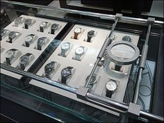 Rails allow this Bi-Directional Watch Magnifier to be position left-to-right, and front-to-back of the display table to focus and see watch face details. Industrial Chic, Retail Design, Display, Earth Science, Deep Sea, Wrist Watches, Steam Punk, Game, Glasses