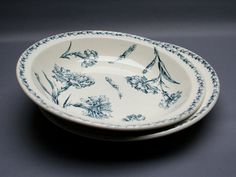 Two antique French KG LUNEVILLE faience large serving dishes set, model OEILLET, white and blue . French country . Vintage 1900s