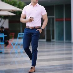 "Hi, here are some ""Supercool Casual Outfits for Men."" These casual outfits would give a fully idea of how to dress casually. Trendy Mens Fashion, Indian Men Fashion, Mens Fashion Wear, Stylish Mens Outfits, 70s Fashion, Vintage Fashion, Polo Shirt Outfits, Polo Outfit, Polo Shirt Style"