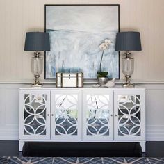 Hamptons Style: 7 Useful Tips How to Create the Relaxing Atmosphere on the Coast - Livemaster - original item, handmade Living Room Designs, Living Room Decor, Hamptons Style Decor, Home Interior Design, Interior Decorating, Sideboard Decor, Credenza, Flur Design, Design Design