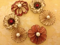 Paper Flowers, Embellishments, Decorations, Scrapbooking, Cards, Tags, Prims, Decorations, Gift Wrap, Wrapping Paper