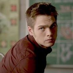 A random collection of hot guys Film Man, Meninos Teen Wolf, Mtv Shows, Dylan Sprayberry, Teen Wolf Boys, Sexy Men, Hot Men, Young Actors, Famous Men