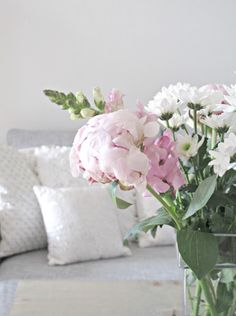 H A P P Y . W E E K E N D Vase, Photos, Home Decor, Pictures, Decoration Home, Room Decor, Vases, Home Interior Design, Home Decoration