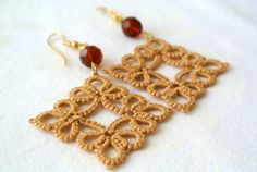 Tatted earrings  tatted lace earrings   wedding by Ilfilochiaro, €12.00