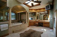 I want this bathroom~!!!!  1803 W Harris Road W, Arlington TX, 76001 | Homes.com