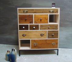 Schubladen-Möbel handveredelt mit einem Antik Look