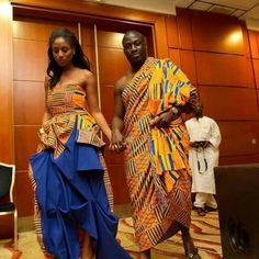 50 Pictures Of The Latest Ghana Kente & Ankara Styles in 2017 African Dresses For Women, African Print Fashion, African Attire, African Wear, African Women, African Style, African Prints, African Shop, Ghanian Wedding
