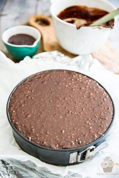 Ferrero Rocher Nutella Cheesecake by My Evil Twins Kitchen   Recipe and step-by-step instructions on eviltwin.kitchen