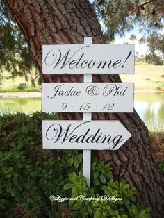DiReCTioNaL WeDDiNg SiGnS  Classic Style by lizzieandcompany