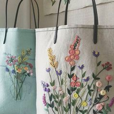 Wonderful Ribbon Embroidery Flowers by Hand Ideas. Enchanting Ribbon Embroidery Flowers by Hand Ideas. Embroidery Bags, Embroidery Supplies, Learn Embroidery, Silk Ribbon Embroidery, Cross Stitch Embroidery, Embroidery Patterns, Embroidery Thread, Fabric Patterns, Stitch Patterns