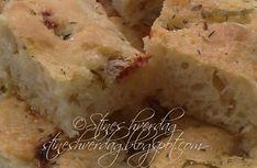 Focaccia - recipe in Norwegian Focaccia Recipe, Scones, Cornbread, Pesto, Tapas, Food And Drink, Cheese, Snacks, Baking