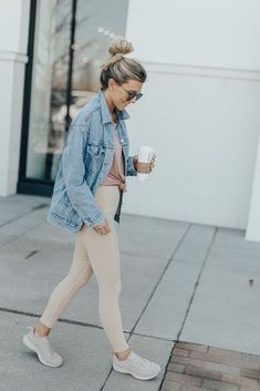 sporty outfits for summer Legging Outfits, Athleisure Outfits, Athleisure Fashion, Fall Outfits, Casual Outfits, Fashion Outfits, Womens Fashion, Hijab Casual, Casual Athletic Outfits